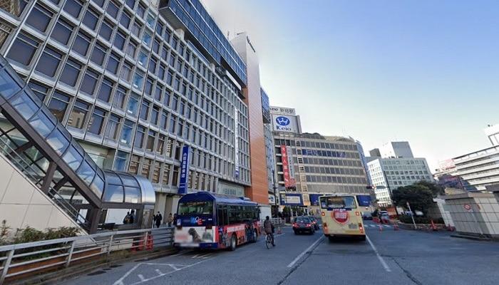 新宿駅西口周辺