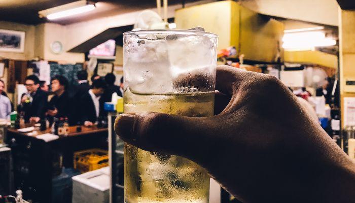 立ち飲み居酒屋